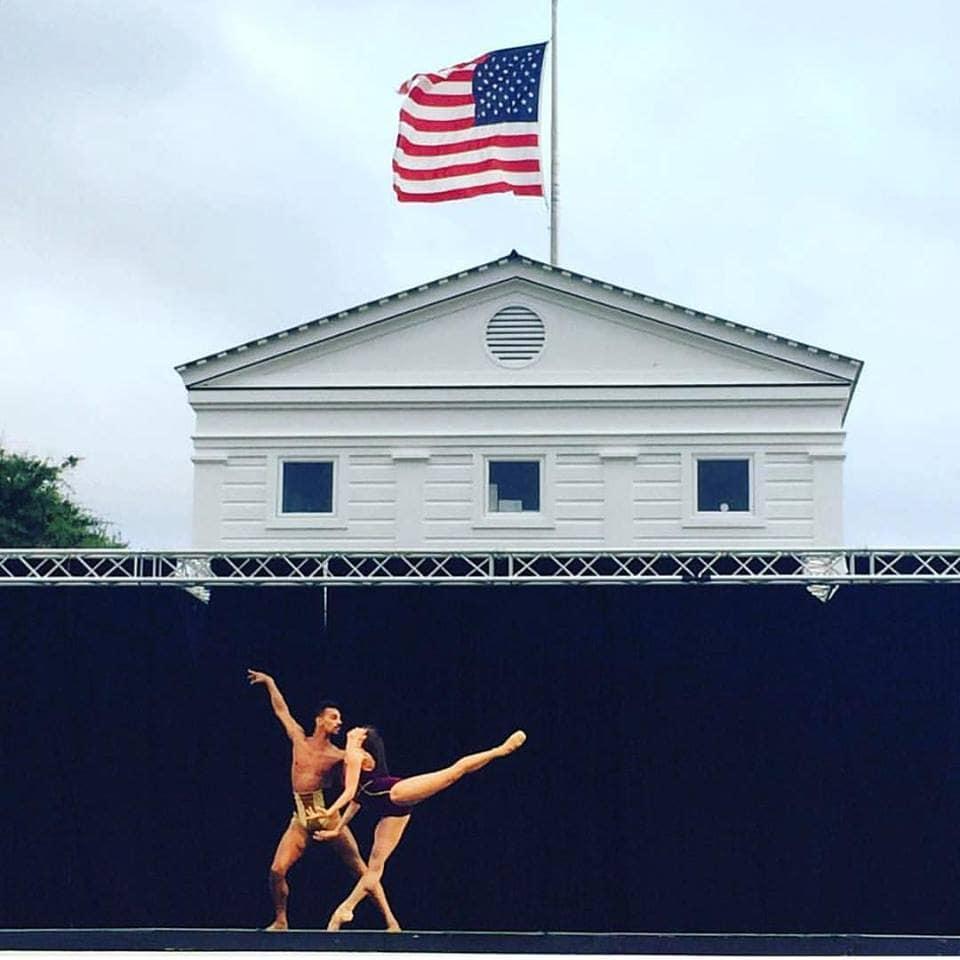 photo: pas de deux on stage at Seaside Dance Festival